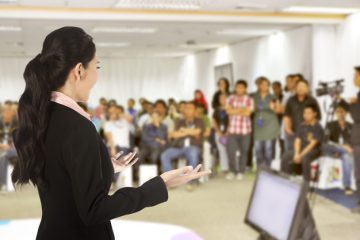 بررسی رابطه بین فرهنگ سازمانی و تصدی پستهای مدیریتی زنان در هیأتهای ورزشی