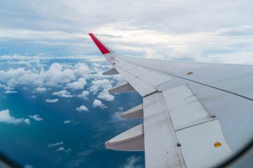 تحلیل آیروالاستیک بال هواپیما حامل یک جرم خارجی